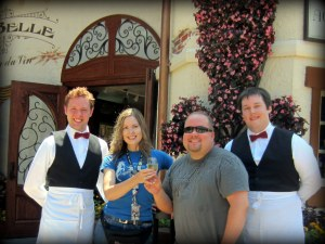 My favorite waiters!